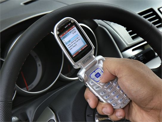 Cellphones, Texting Put Teen Drivers In Danger, Studies Show